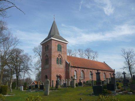 St. Petrus und Paulus Kirche Timmel